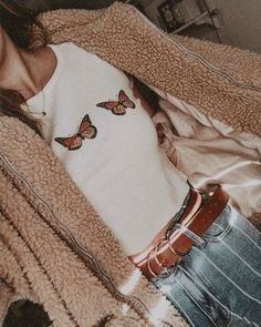 35 most wearable outfits for fall 2019 4 Tumblr Outfits, Trendy Outfits, Cute Outfits, Tumblr Clothes, Work Outfits, Aesthetic Fashion, Aesthetic Clothes, Teen Fashion, Fashion Outfits