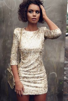 i normally don't like dresses with sparkles but i love this :)