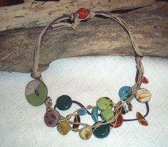 COLLIER ET B.O FIL DE LIN ET PERLE EN CERAMIQUE RAKU Perle Multicolore : Collier par 2-fil-en-bijoux