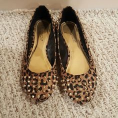 Leopard gold studded flats Never worn shoe dazzle Leopard print flats with gold studs on the toe and heel. Shoe Dazzle Shoes Flats & Loafers