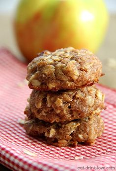 Apple Cinnamon Breakfast Cookies - nutritious and no added sugar!