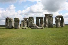 Stonehedge https://www.flickr.com/photos/31403969@N04/15466638493/sizes/o/