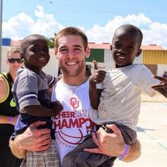 Trevor Knight, OU quarterback, using his first week of summer to make a difference to kids in Haiti. Trevor Knight, Boomer Sooner, Oklahoma Sooners, Love, Haiti, Helping Others, Red And White, Baseball Cards, Amor