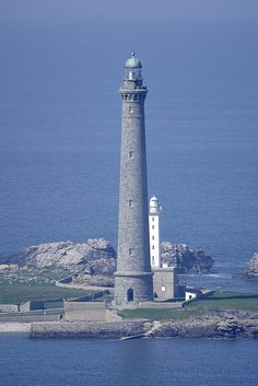 Tallest stone lighthouse in Europe. Lighthouse Lighting, Lighthouse Pictures, Lighthouse Keeper, Beacon Of Light, Light Of The World, Am Meer, Beautiful Places, Beautiful Moon, Coastal