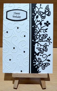 This is the second black and white card I've made this weekend. The beautiful Memory Box 'Kensington Border' butterfly die is a new die...