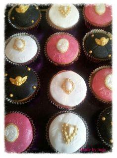 Elegant Cupcakes Elegant Cupcakes, Amazing Cupcakes, Fun Cupcakes, Cupcake Recipes, Cookies, Desserts, Food, Cool Cupcakes, Biscuits