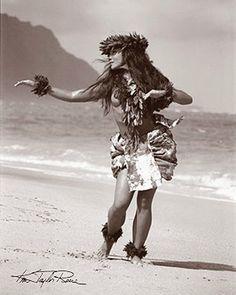 "Kim Taylor Reece ""Kakahi"" 11 X 14 Double Matted Hawaiian Hula Print Hawaiian Girls, Hawaiian Dancers, Hawaiian Art, Kim Taylor Reece, Dancer Tattoo, Hawaiianisches Tattoo, Bicep Tattoos, Thai Tattoo, Maori Tattoos"