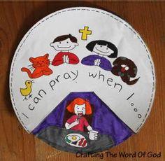 Los niños se les debe enseñar cómo orar a una edad temprana. Diles lo que es la oración. Dales ejemplos de oraciones en las Escrituras. Diles que pueden orar a lo largo del día dondequiera que esté…