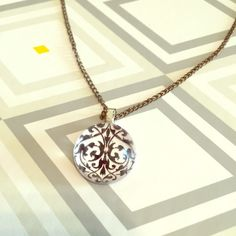 ‼️ MUST GO! - Black and white damask glass pendant ACCEPTING MOST OFFERS! On silver chain Jewelry