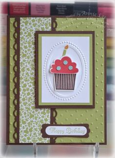 Framed Cupcake by lovemycards - Cards and Paper Crafts at Splitcoaststampers