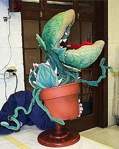little shop of horrors Audrey II rentals, Specialtiy Costumes, Visual effects, theatrical sets and props, Audrey 2 prop hire Little Shop Of Horrors, Horror House, Carnivorous Plants, Hello Autumn, Visual Effects, Baby Halloween, Puppets, Holiday Fun, Backdrops