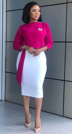 Serwaa Amihere is known for wearing classic dresses on set which inspire many young ladies. From corporate wear, casual wear, African prints and more. Classy Work Outfits, 30 Outfits, Office Outfits Women, Curvy Outfits, Classy Dress, Chic Outfits, Fashion Outfits, Ladies Outfits, Workwear Fashion