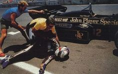 motorsport moments: Dallas - Nigel Mansell receives attention after collapsing from heat exhaustion while driving for Lotus. Indy Car Racing, Indy Cars, Road Racing, F1 Lotus, Nigel Mansell, Formula 1 Car, F1 Drivers, Car And Driver, F 1