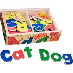 52 letras imán abecedario de madera de colores vivos de Melissa and Doug para niños. http://tienda.5mimitos.com/products/abecedario-magnetico-de-madera