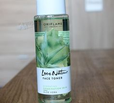 #Oriflame Love Nature Aloe Vera face #toner is an invigorating toner with aloe Veraextracts that helps in balancing your skin's PH and moisture level. It helps in absorbing the beneficialproperties of creams or moisturizers applied on the face for effective results.