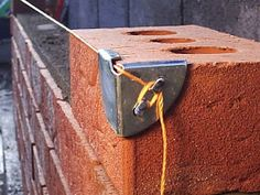 einfache heimwerkerprojekte Tool that will simplify the work on the construction field now you can use it. This is easy project that can be made as DIY project and will hel Welding Projects, Easy Projects, Home Projects, Homemade Tools, Diy Tools, Hand Tools, Brick Laying, Construction Tools, Tools And Equipment