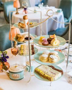 London New Girl - How to find the best afternoon tea in London   Afternoon tea in London at Fortnum & Mason