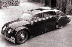 Automobilová karoserie: Milníky a inovátoři v toku času Lamborghini, Ferrari, Retro Cars, Vintage Cars, Jaguar, Supercars, Peugeot, Art Deco Car, Benz