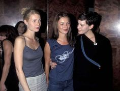 As well as Gwyneth Paltrow and Liv Tyler. | The 22 Most '90s Pictures Of Kate Moss Ever Taken