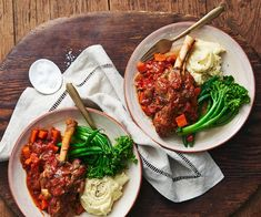 There's nothing like coming home to a perfectly tender lamb shank. Slow-cook shanks in red wine and tomato based sauce and serve with creamy mashed potatoes and steamed greens. Best Slow Cooker, Slow Cooker Recipes, Crockpot Recipes, Lamb Shanks Slow Cooker, Lamb Recipes, Meat Recipes, Dinner Recipes, Cooking Recipes, Savoury Recipes