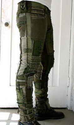 P&D MODEBERATUNG empfiehlt  am besten mit elegantem schwarzen Sakko kombinieren#extravagante#military#hose#männer#stilberatung