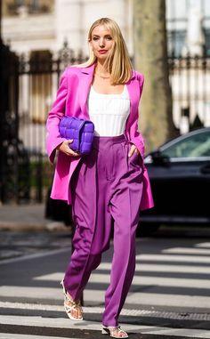 Leonie Hanne wears a neon pink oversized blazer jacket, a white low. Fall Fashion Week, Trend Fashion, Look Fashion, Autumn Fashion, Fall Fashion Street Style, Paris Fashion, Fall Fashion Colors, Female Fashion, Fashion Lookbook