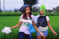Bye Bye Plastic Bags : deux jeunes sœurs luttent contre les sacs plastiques à Bali