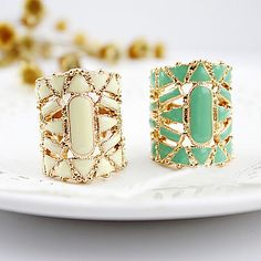 Alloy Holow Ring(Assorted Color) – USD $ 2.36