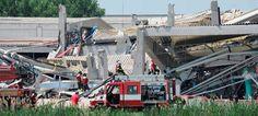 Un nuevo terremoto de 5,3 grados en la escala Richter sacudió sobre las 13:00 hora local (11:00 GMT) la región de Emilia Romagna (en el norte de Italia), en la que esta mañana se había producido otro seísmo de 5.8 grados, y que por el momento ha causado al menos nueve víctimas.