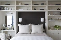 Decorate your room in a new style with murphy bed plans Apartment Master Bedroom, Bedroom Built Ins, Bookshelf Headboard, Bookshelf Wall, Bed Shelves, Bookcase Door, Built In Bed, Black Shelves, Queen Headboard