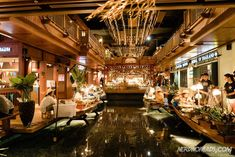 Bangkok is a great city for shopping with its many great shopping centers and markets. Here are the best places to go shopping in Bangkok! Bangkok Travel Guide, Laos Travel, Thailand Travel, Beach Travel, Thailand Shopping, Visit Thailand, Go Shopping, Shopping Malls, Great Places