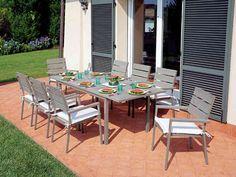 Acquista Ora il Set con Tavolo Riomaggiore Estensibile e 6 Sedie Moneglia in Alluminio Color Champagne e Resin Wood per Arredare la Zona Pranzo Esterna. #arredamento #giardino #esterni #style