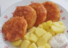 Na jídelním lístku kraluje skoro 60 let, a přesto se snad nikdy neomrzí. Řeč je o smaženém sýru v křupavém trojobalu. Pokud jste ho někde doma zkoušeli, možná vám vytekl a ne jednou. Vyzkoušejte náš fajnový smažák, u kterého vytečení nehrozí. Cooking Light Recipes, Easy Cooking, Cooking Steak, Cooking Hard Boiled Eggs, Liver And Onions, Homemade Ham, Vegetable Casserole, Czech Recipes, How To Cook Asparagus