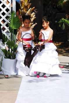Flower Girls baskets are custom made with Midori Ribbon. Love.