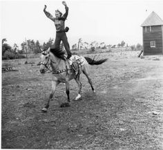 Dorothy Looney trick rider :: Ellensburg Heritage