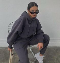 The Basic Crop Hoodie is a staple piece for those chilly days. Featuring a cropped oversized look with a drawstring hood, large front pocket, ribbed hem and tailored arms. Cute Lazy Outfits, Chill Outfits, Cute Casual Outfits, Sporty Outfits, Mode Outfits, Fashion Outfits, Casual Wear, Urban Outfits, Comfy Teen Outfits