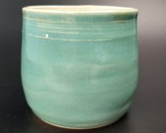 Pottery Wheel Diy, Pottery Vase, Ceramic Pottery, Glazed Ceramic, Sea Foam, Vases, Stoneware, Strong, Ceramics