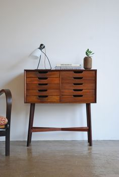1950's Drawer Console