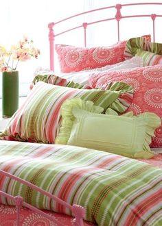 beautiful.quenalbertini: Beddings, loveliegreenie
