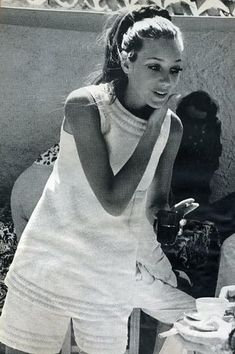 Marisa Berenson ponytail