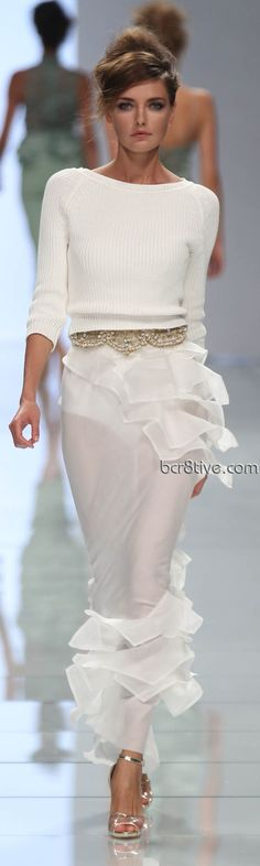 Welcome to the world of GLAM & Luxury® Top Style and Beauty Tips.                                  http://pinterest.com/GLAMandLuxury  http://www.facebook.com/GLAMandLuxury?ref=hl  https://twitter.com/GLAMandLuxury  Ermanno Scervino Spring Summer 2012<3 na