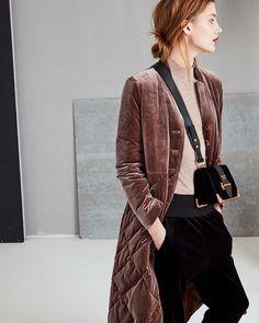 I love the color and quilting of this coat. _____ Genuine People - Quilted Down Velvet Coat Classy Winter Outfits, Look Blazer, Velvet Jacket, Velvet Coat Women, Velvet Fashion, Street Style, Mode Inspiration, Fashion Outfits, Womens Fashion