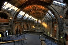 http://monumentsdelondres.com/content/natural-history-museum.jpg