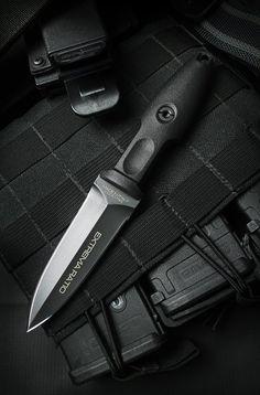 Extrema Ratio Pugio Boot Dagger
