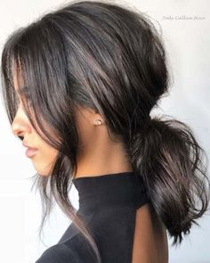 Looking for the perfect hairstyle for prom? To help you get inspired, we have found 63 of the most stunning prom hair ideas. Medium Hair Ponytail, Messy Ponytail Hairstyles, Up Hairstyles, Wedding Hairstyles, Hairstyles For Short Hair Formal, Ponytails For Short Hair, Medium Short Hairstyles, Short Prom Hair, Formal Ponytail