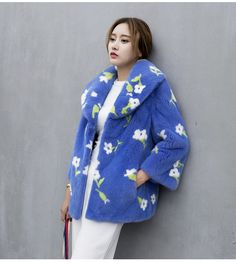 Woman's Fur Coat Mink Coat Short Section Full Pelt Double Faced Fur Coat  GSJ045-in Fur & Faux Fur from Women's Clothing & Accessories on Aliexpress.com | Alibaba Group