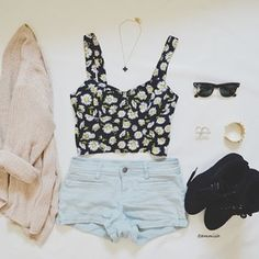 High waisted shorts : floral bustier : oversized cream cardigan : black hightops