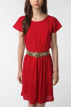 If I had cowgirl boots, this is the dress I would wear them with. Add a cute belt and some fun tights and you've got a pretty bomb.com outfit!