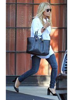 Ashley Olsen    Look de star Glamour    Une tenue simple pour un look glamour.