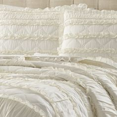Solid Ruffle Quilt And Sham Set Twin Ivory - Stone Cottage, White Ruffle Quilt, Ruffle Bedding, Ivory Bedding, King Sheets, Bed Sheets, Stylish Beds, Queen Quilt, Bed Styling